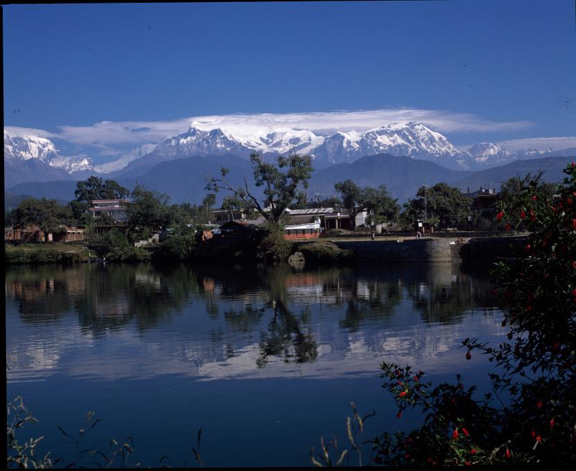 Zbirka Makunda Bahadur Šrestha, Nepal Picture Library.