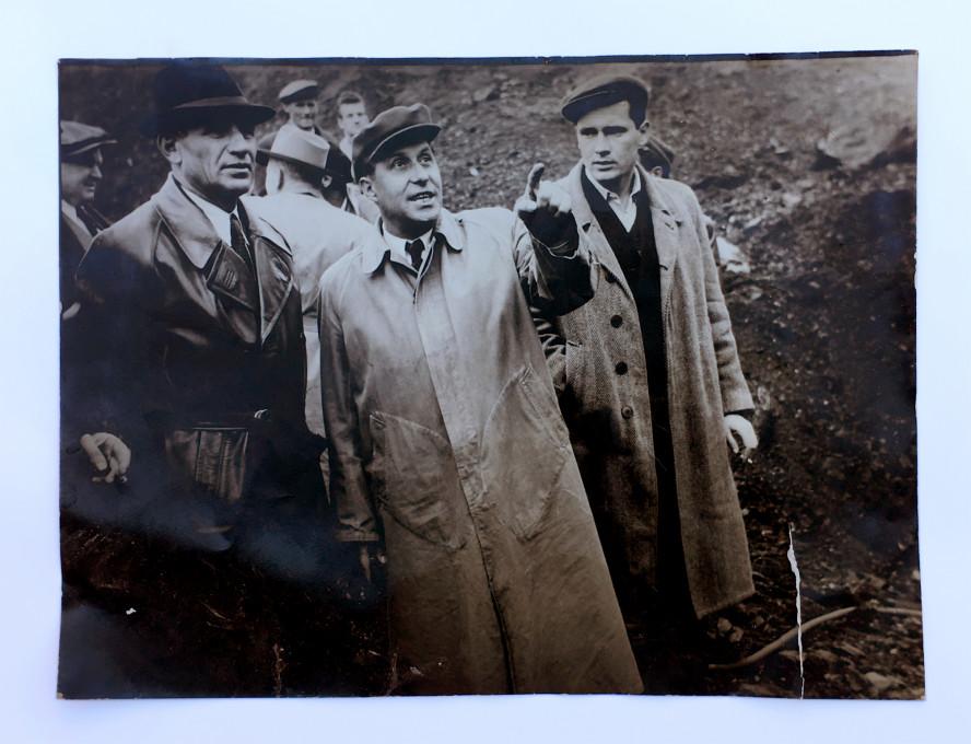 Peter Koštrun in Peter Rauch: Sondiranje. Avtor fotografije: Jaka Babnik.