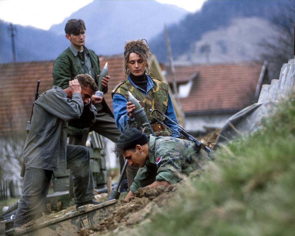 Dragoljub Zamurović, Obstreljevanje Srebrenice – prostovoljka iz Srbije med napadom na Srebrenico, Bratunac, 5. 5. 1995.