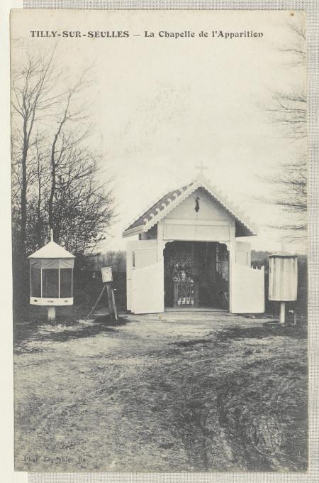 Slika 1. Tilly-sur-Seulles – Kapela prikazovanja, razglednica, okoli 1900, Francoska nacionalna knjižnica (BnF), Pariz.