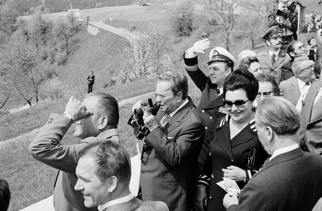 Joco Žnidaršič, Tito v Dražgožah, 1977. Z dovoljenjem Galerije Fotografije. © Joco Žnidaršič