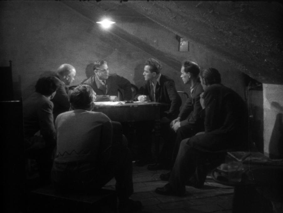 Zamrznjena filmska sličica iz filma Trst, 1951. Režiser: France Štiglic, direktor fotografije: Rudi Vaupotič.