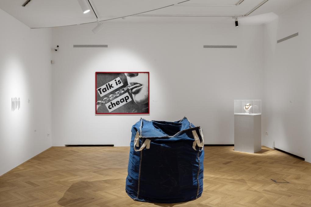 Fondazione Sandretto Re Rebaudengo v Mestnem muzeju, razstava Ko ste v dvomu, pojdite v muzej. Foto: Andrej Peunik. Z dovoljenem Mestnega muzeja.
